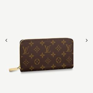 Louis Vuitton Zippy Wallet Authentic Barley Used